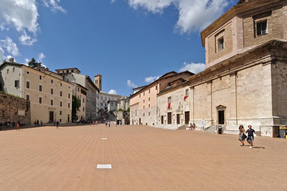 Spoleto, Piazza Duomo